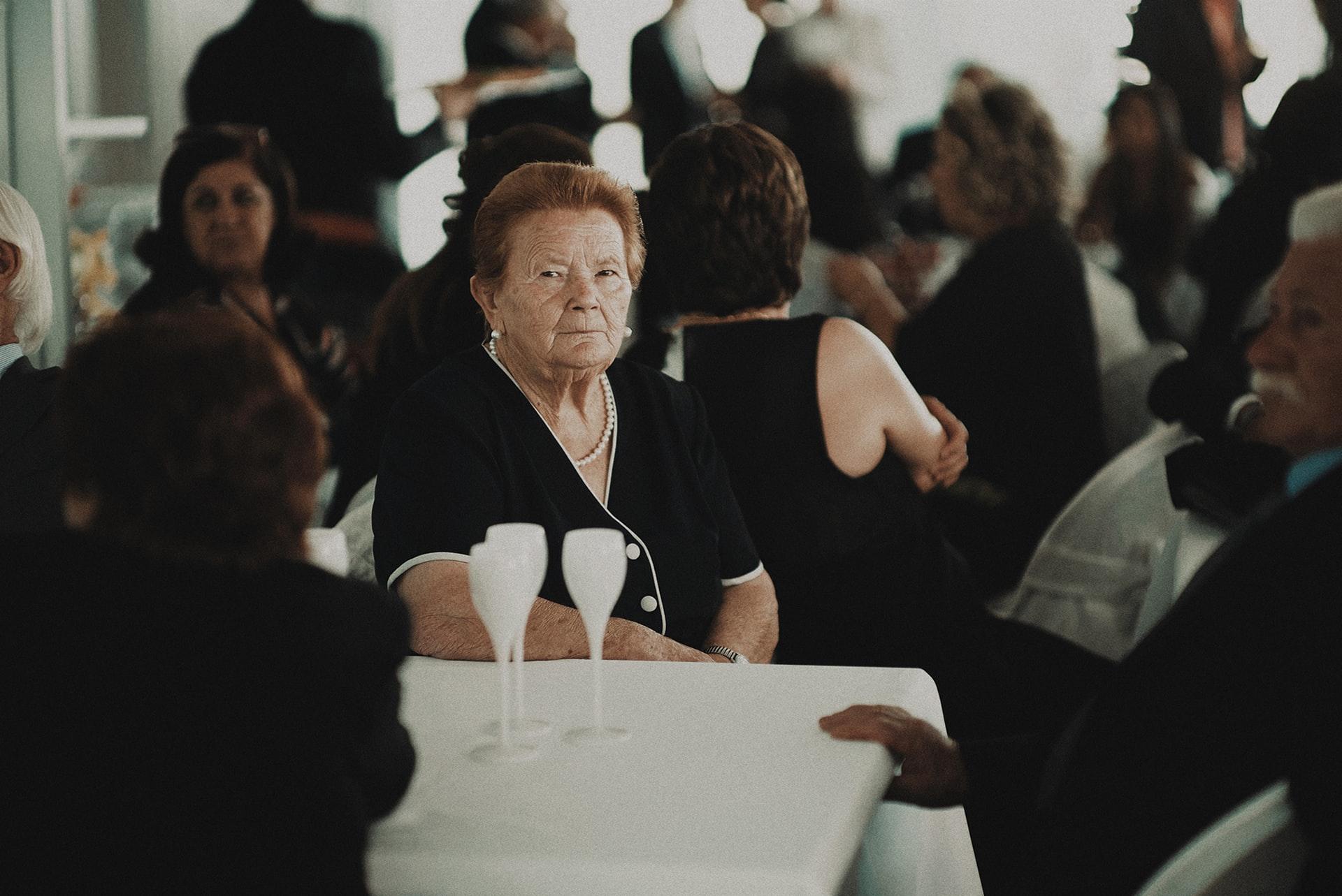 Comment s'habiller pour un enterrement